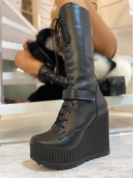 Черни ботуши Nikita