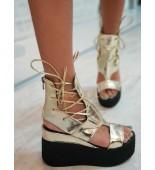 Златисти сандали на платформа Summer Walks